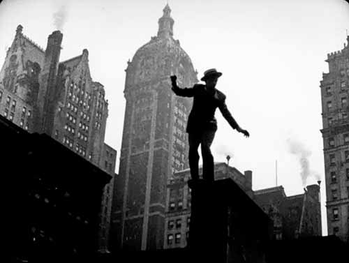 Cinematographer Harry Dunham captured evocative views of the New York skyline in Too Much Johnson (with Cotten seen on a rooftop).
