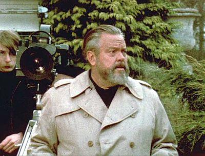 Screenshot of Welles in 1971