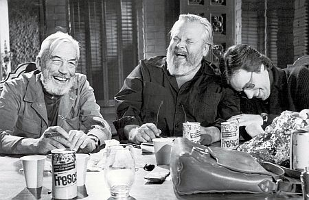 Huston, Welles, and Bogdanovich during the shooting of the film. Photo courtesy of Les Films de l'Astrophore/Photofest