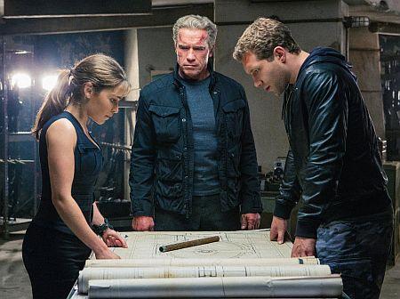 Emilia Clarke, Schwarzenegger, and Kyle Reese