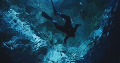 3-28-16-rosi-underwater