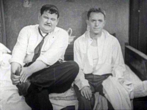 Angora Love (Laurel and Hardy)