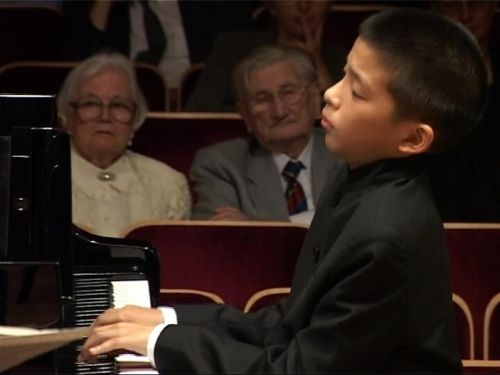 The young piano prodigy in KJ: Music and Life (2009).