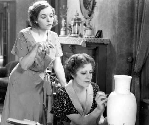 Zasu Pitts and Irene Dunne in Back Street