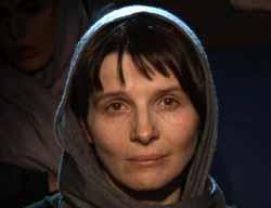 Juliette Binoche in Shirin