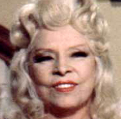 Mae West in Sextette